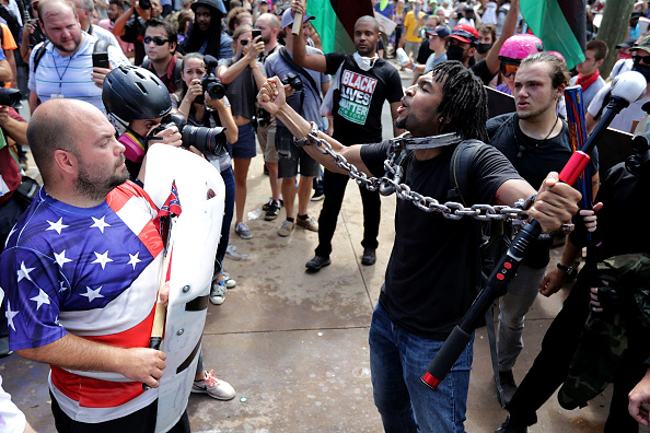 シャーロッツビル エマンシペーション公園「Violent Clashes Erupt at 'Unite The Right' Rally In Charlottesville」:写真・画像(16)[壁紙.com]