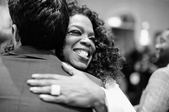 Oprah Winfrey「An Alternative View Of The 15th Annual AFI Awards」:写真・画像(7)[壁紙.com]