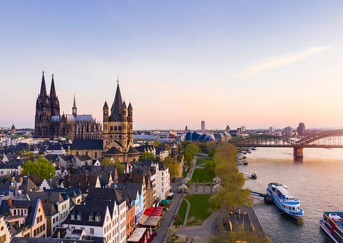 Cathedral「Cologne at dawn」:スマホ壁紙(12)