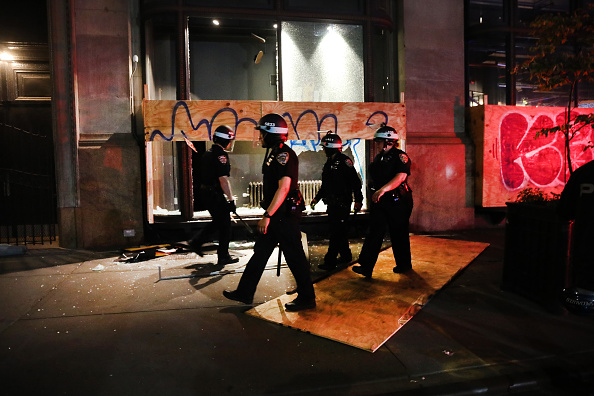 Police Force「Protests Against Police Brutality Over Death Of George Floyd Continue In NYC」:写真・画像(0)[壁紙.com]