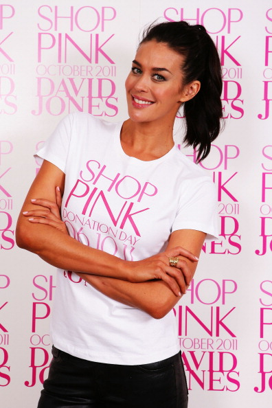 Breast「Megan Gale Supports National Breast Cancer Month」:写真・画像(1)[壁紙.com]