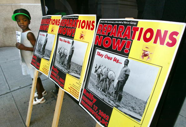 Insurance「Slave Reparations Focus of NYC Protest」:写真・画像(6)[壁紙.com]