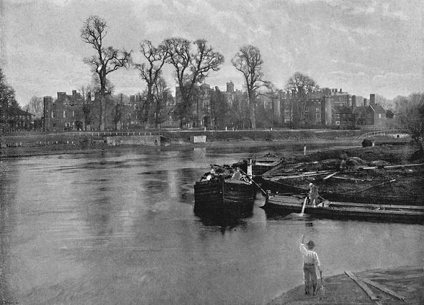 Riverbank「Hampton Court Palace」:写真・画像(19)[壁紙.com]