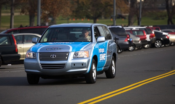 Mode of Transport「New Hybrid Car Models On Display In Washington」:写真・画像(10)[壁紙.com]