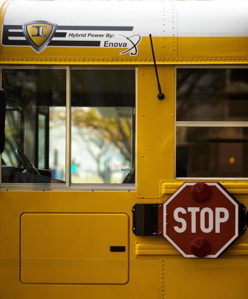 School Bus「New Hybrid Car Models On Display In Washington」:写真・画像(2)[壁紙.com]