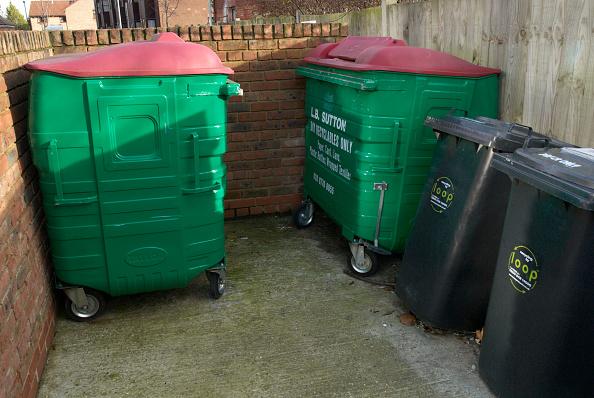 Recycling Bin「Recycling bins, UK」:写真・画像(4)[壁紙.com]