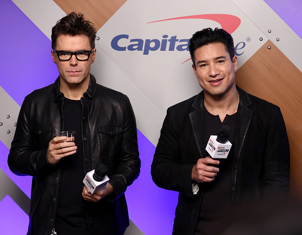 Mario Lopez「2019 iHeartRadio Podcast Awards Presented By Capital One – Backstage」:写真・画像(15)[壁紙.com]