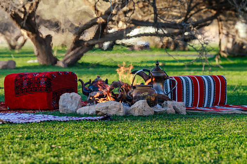 Camping「Teapots on a camp fire, Riyadh, Saudi Arabia」:スマホ壁紙(0)