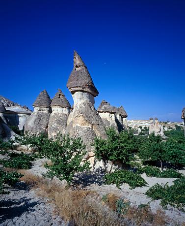 Pinnacle - Rock Formation「Pinnacles in Cappadocia」:スマホ壁紙(18)