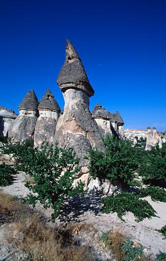 Pinnacle - Rock Formation「Pinnacles in Cappadocia」:スマホ壁紙(0)