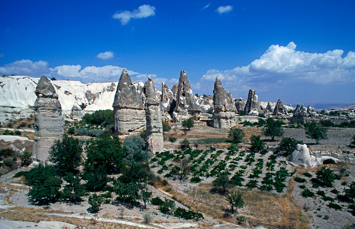 Pinnacle - Rock Formation「Pinnacles in Cappadocia」:スマホ壁紙(3)