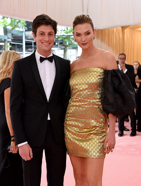 Karlie Kloss「The 2019 Met Gala Celebrating Camp: Notes on Fashion - Arrivals」:写真・画像(3)[壁紙.com]