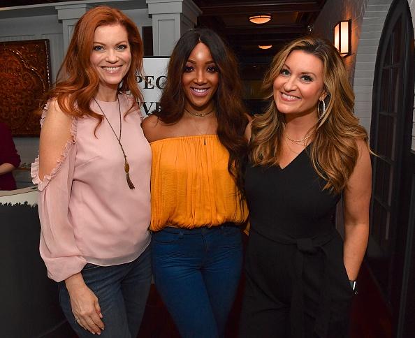 作詞家「'Breakthrough' VIP Reception with Producer DeVon Franklin and Actress Chrissy Metz in Nashville, TN」:写真・画像(11)[壁紙.com]