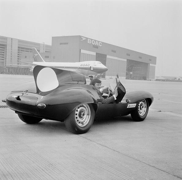 Heathrow Airport「Jaguar D-type」:写真・画像(17)[壁紙.com]