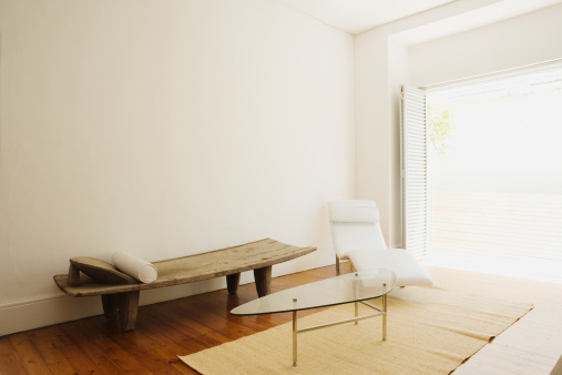 Relaxation「Living room with white chair and wooden bench」:スマホ壁紙(1)