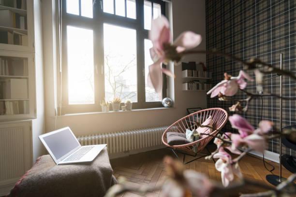 Living room with window:スマホ壁紙(壁紙.com)