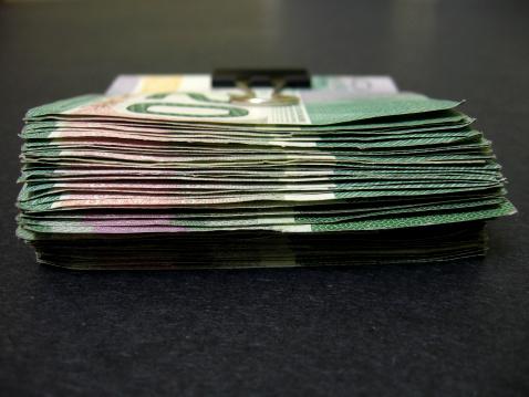 Paying「Canadian Dollars」:スマホ壁紙(8)