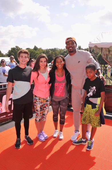 J R スミス「Nickelodeon's 11th Annual Worldwide Day of Play」:写真・画像(5)[壁紙.com]