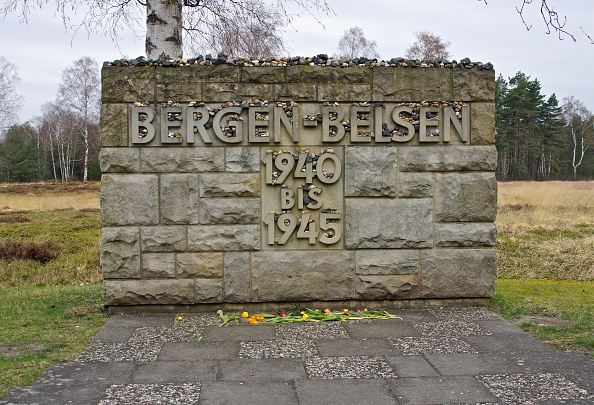Richard Blanshard「Entrance To Belsen」:写真・画像(11)[壁紙.com]