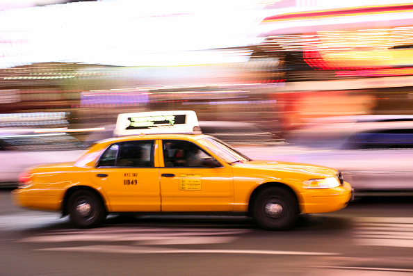 Taxi「Taxis in motion Times Square in Manhattan, New York City, USA」:写真・画像(12)[壁紙.com]
