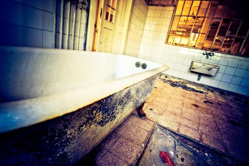 Unhygienic「Dirty bathtub」:スマホ壁紙(10)