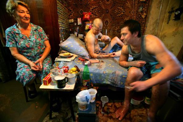 Apartment「The AIDS Epidemic In The Ukraine」:写真・画像(0)[壁紙.com]