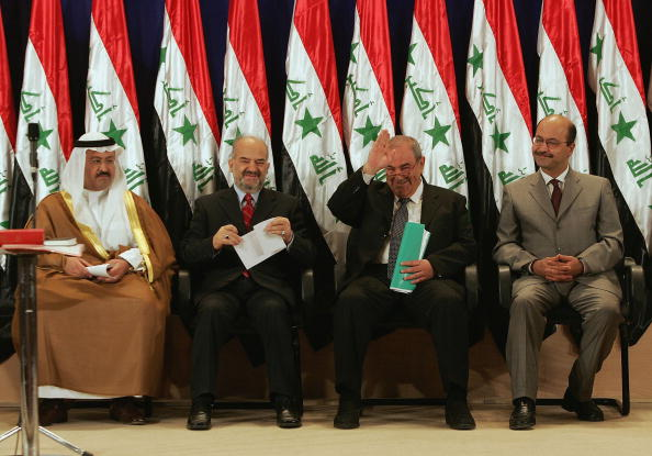 Ayad Allawi「Iraqi Interim Government Sworn In After Handover」:写真・画像(9)[壁紙.com]