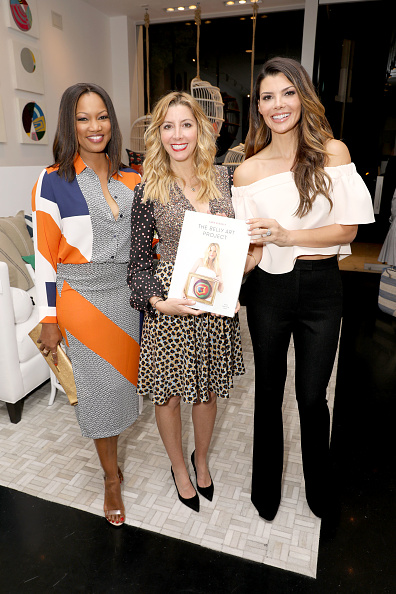 Founder「Serena & Lily and Sara Blakely Celebrate the Launch of The Belly Art Project Benefiting Every Mother Counts」:写真・画像(9)[壁紙.com]