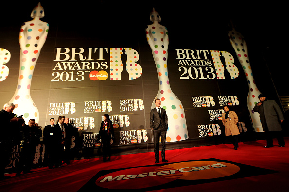Eamonn M「Brit Awards 2013 - Red Carpet Arrivals」:写真・画像(15)[壁紙.com]
