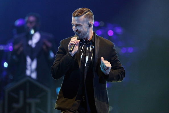 Singing「Justin Timberlake Performs Live In Melbourne」:写真・画像(2)[壁紙.com]