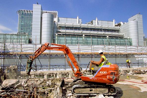 Dust「Demolition of a building, City of London」:写真・画像(10)[壁紙.com]
