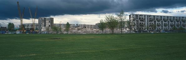 Grounds「Demolition of housing estate, Hulme, Manchester, UK」:写真・画像(1)[壁紙.com]