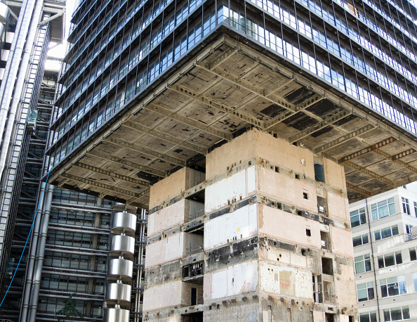 Removing「Demolition from the ground up of 122 Leadenhall, London, UK」:写真・画像(18)[壁紙.com]