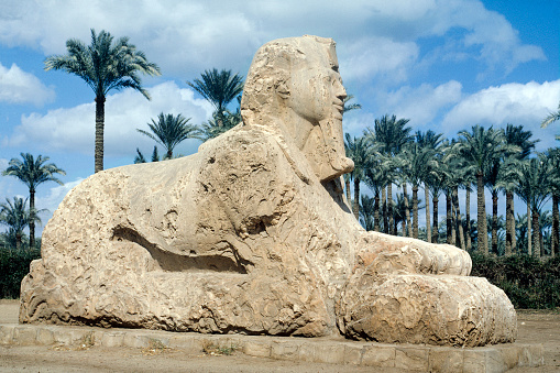 Alabaster「Egypt Memphis near Cairo The Alabaster Sphinx」:スマホ壁紙(5)
