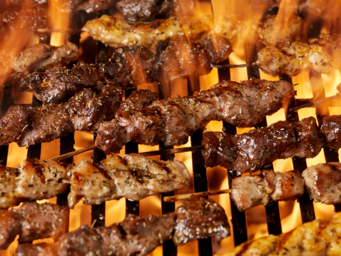 Barbecue Grill「Meat Skewers on the BBQ」:スマホ壁紙(19)