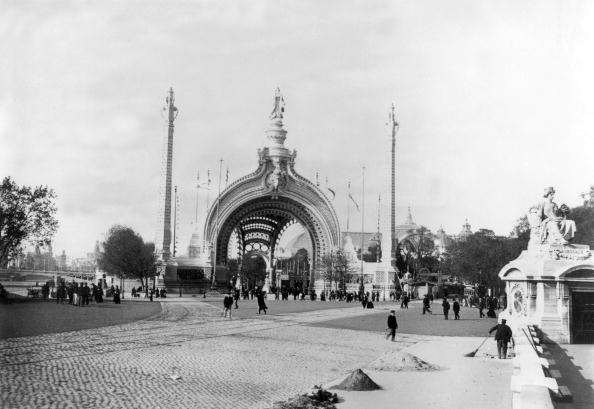 1900「monumental gate, main entrance at World Fair in Paris in 1900」:写真・画像(2)[壁紙.com]
