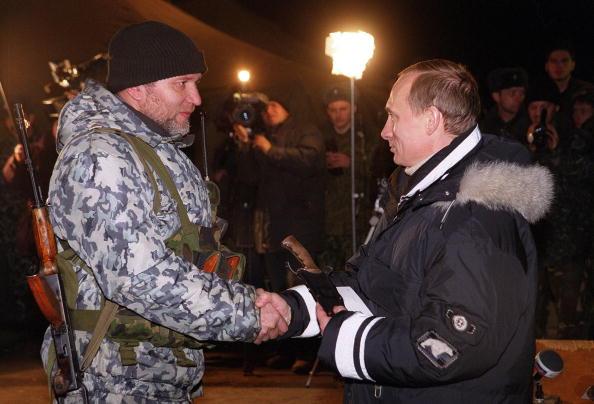 The Knife「Putin meets a russian officer」:写真・画像(15)[壁紙.com]