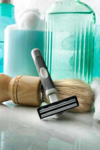 あごヒゲ「バススティルス: 髭剃り用具」:スマホ壁紙(13)