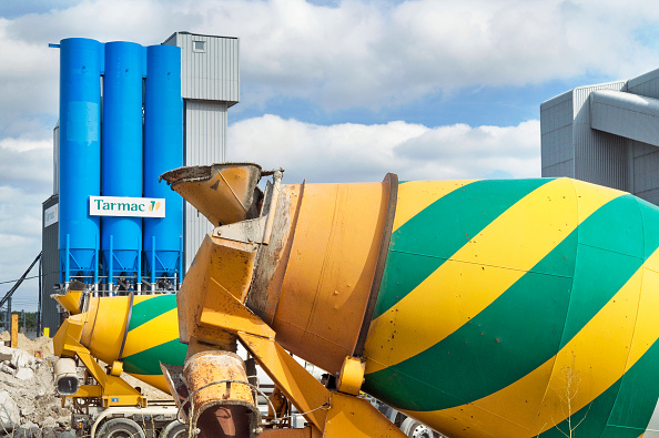 Cement「UK The Tarmac factory at the back of St. Pancras Eurostar Terminal in London」:写真・画像(19)[壁紙.com]