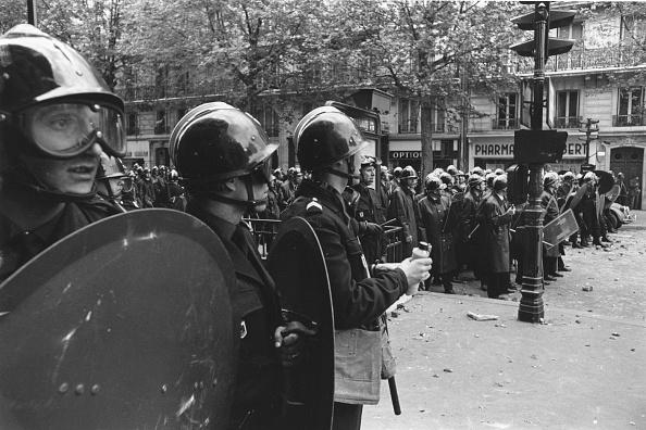 Reg Lancaster「Riot Shields」:写真・画像(14)[壁紙.com]