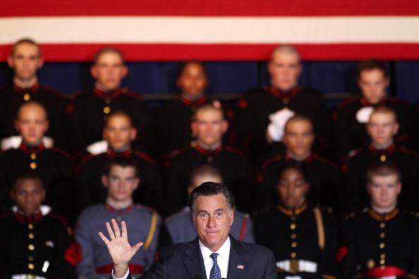 Jessica Kourkounis「Mitt Romney Campaigns In Battleground State Of Pennsylvania」:写真・画像(7)[壁紙.com]