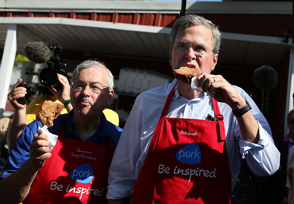 Jeb Bush「Presidential Candidates Stump At Iowa State Fair」:写真・画像(17)[壁紙.com]