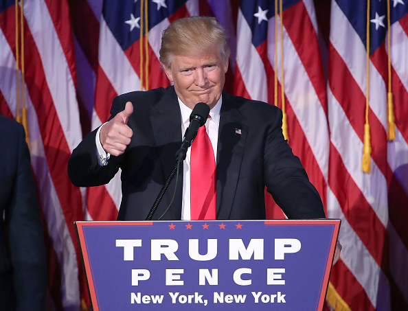 Smiling「Republican Presidential Nominee Donald Trump Holds Election Night Event In New York City」:写真・画像(4)[壁紙.com]