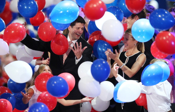 Scott Olson「Romney Accepts Party Nomination At The Republican National Convention」:写真・画像(18)[壁紙.com]