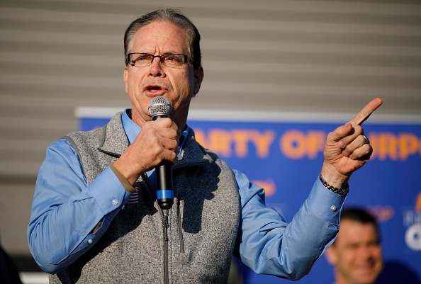 Aaron P「Indiana GOP Candidates Hold Get Out The Vote Rallies Ahead Of Midterm Election Day」:写真・画像(9)[壁紙.com]