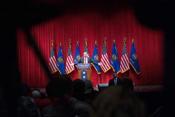 Scott Olson「GOP Presidential Candidate Donald Trump Campaigns Near Green Bay, Wisconsin」:写真・画像(18)[壁紙.com]