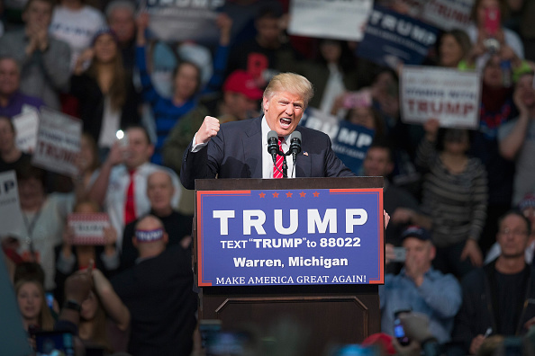Presidential Candidate「Donald Trump Holds Campaign Rally In Warren, Michigan」:写真・画像(1)[壁紙.com]