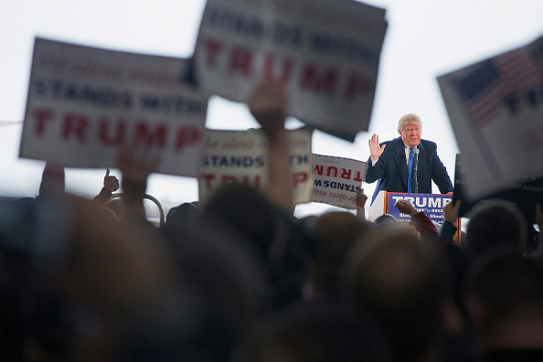 US Republican Party 2016 Presidential Candidate「Donald Trump Holds Campaign Rally In Bloomington, Illinois」:写真・画像(14)[壁紙.com]