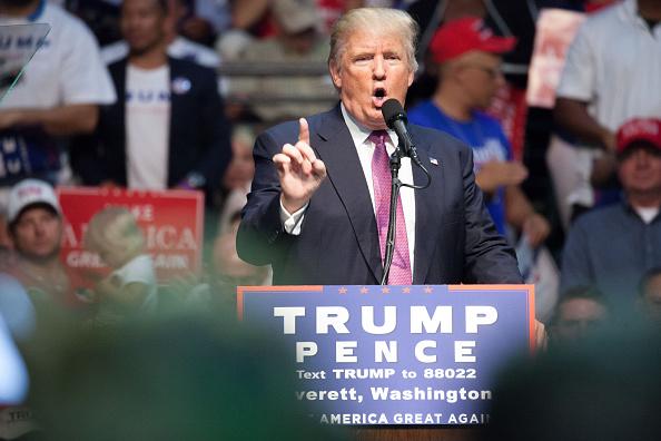 Matt Mills McKnight「Donald Trump Campaigns In Washington State」:写真・画像(3)[壁紙.com]