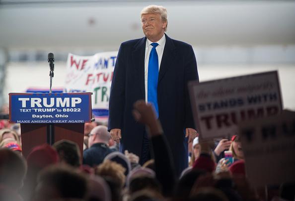 オハイオ州「Presidential Candidate Donald Trump Campaign Rally in Vandalia, Ohio」:写真・画像(10)[壁紙.com]